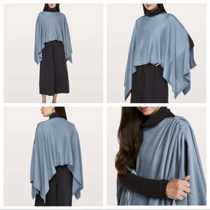 Lululemon Hearts Compass Poncho in Blue Denim OS